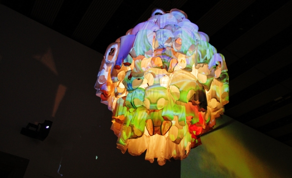 Massachusetts Chandelier (2010), Video installation